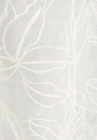 Bershka - Lehká bunda - white - 5