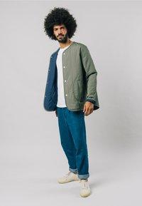 Brava Fabrics - KAKHI - Bomber Jacket - green - 1