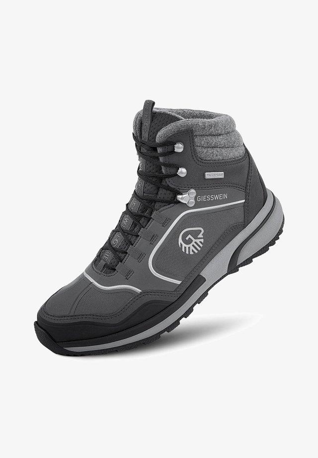 Chaussures de montagne - schiefer