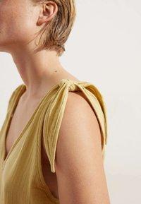OYSHO - Overall / Jumpsuit - yellow - 3