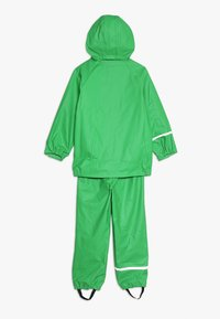 CeLaVi - BASIC RAINWEAR SUIT SOLID - Regnbukser - green - 1