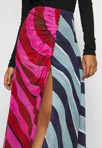 House of Holland - STRIPE GATHERED MIDI SKIRT  - A-line skirt - pink/blue - 4