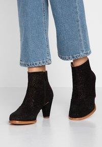Neosens - BEBA - Korte laarzen - black - 0