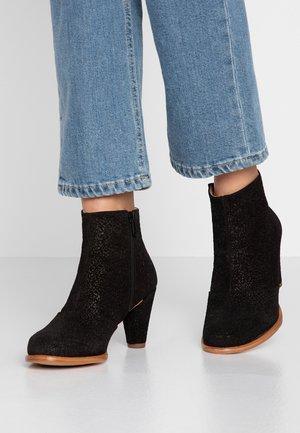 BEBA - Ankle boots - black