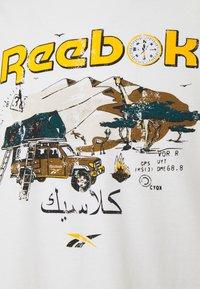 Reebok Classic - TEE SOUTH - T-shirt imprimé - chalk - 2