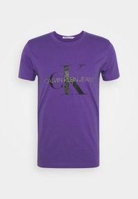 MONOGRAM LOGO SLIM TEE - Print T-shirt - gentian violet