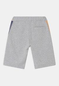 Timberland - Shorts - chine grey - 1