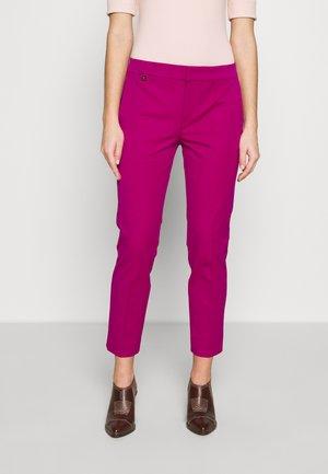 LYCETTE PANT - Kalhoty - bright fuchsia