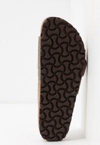 Birkenstock - MADRID BIG BUCKLE - Slippers - graceful taupe - 6