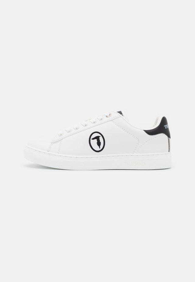 GALIUM POP MIX - Sneakers laag - white/black