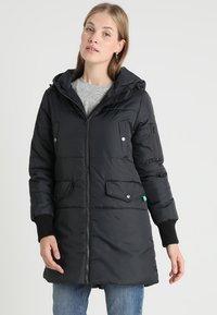 Modern Eternity - FAITH 3-IN-1 THIGH BOMBER PUFFER COAT - Winter coat - black - 3