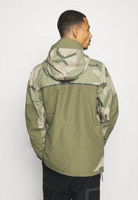 Burton - FROSTNER - Snowboard jacket - barren/keef - 2