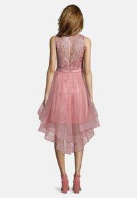 Vera Mont - Occasion wear - cozy pink - 1