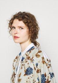Tory Burch - TUNIC DRESS - Shirt dress - mixed floral - 4