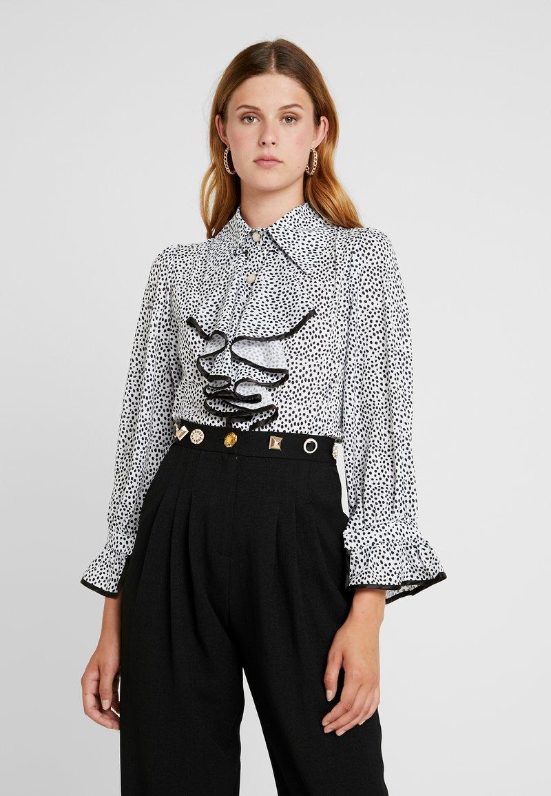 Sister Jane - POLKA RUFFLE BLOUSE - Button-down blouse - black/white