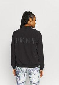 DKNY - STRIPED LOGO ZIP UP BOMBER - Training jacket - black - 2