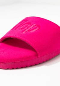 flip*flop - POOLY LOGO - Slippers - very pink - 2