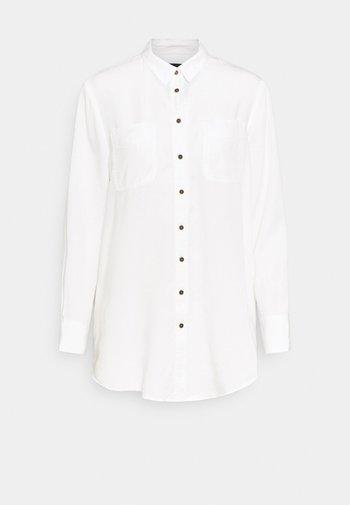 RELAXED - Skjortebluser - off-white