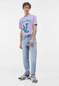 Bershka - STRAIGHT VINTAGE - Straight leg jeans - light blue - 1