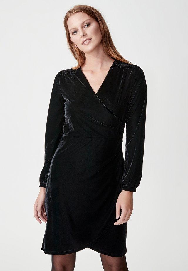 OLIVETTA - Vapaa-ajan mekko - black