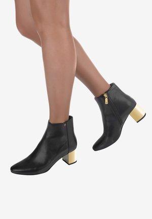 SARAH  - Ankle boots - black