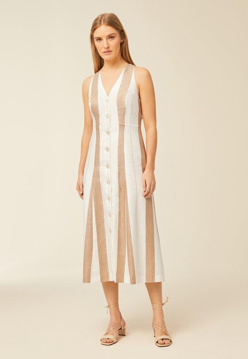 IVY & OAK - Shirt dress - beige