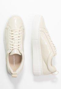 Vagabond - ZOE - Sneakers - offwhite - 0