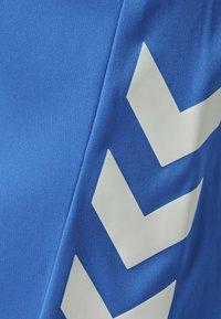 Hummel - Sports shorts - diva blue - 6
