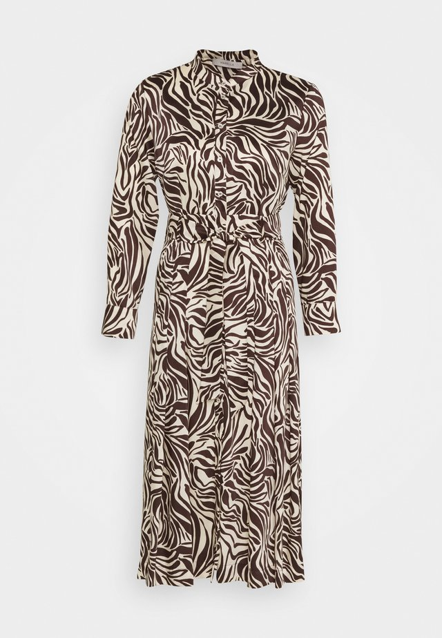 TIMO - Denní šaty - marrone