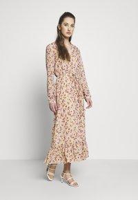 ONLY - ONLPAULA DRESS - Maxi-jurk - sand - 0