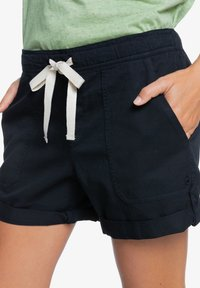 Roxy - LIFE IS SWEETER - Shorts - anthracite - 4