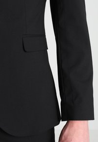 Selected Homme - SHDNEWONE MYLOLOGAN SLIM FIT - Suit - black - 6