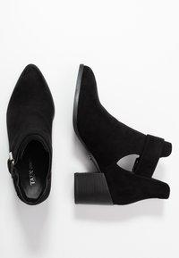 Tata Italia - Kotníková obuv - black - 3