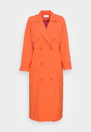 DINA  - Prochowiec - orange