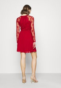 Nly by Nelly - SOMETHING ABOUT HER DRESS - Cocktail dress / Party dress - dark red - 2