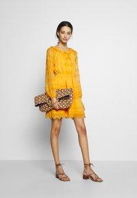 YAS - YASDANA DRESS  - Vestido informal - cadmium yellow - 2