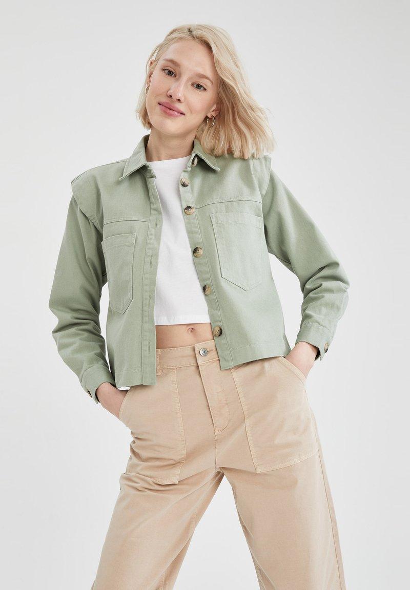 DeFacto - Button-down blouse - green