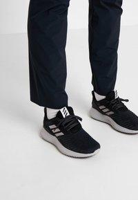 Mammut - RUNBOLD  - Pantalons outdoor - black - 4