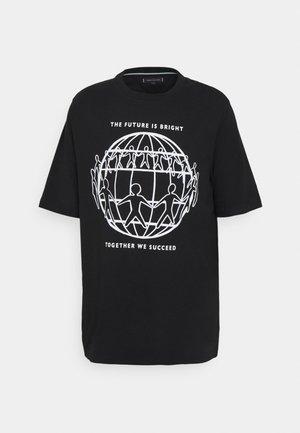 ONE PLANET FRONT LOGO TEE UNISEX - Print T-shirt - black
