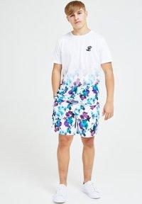 Illusive London Juniors - Shorts - urple - 1