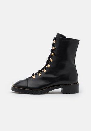 KOLBIE - Snørestøvletter - black