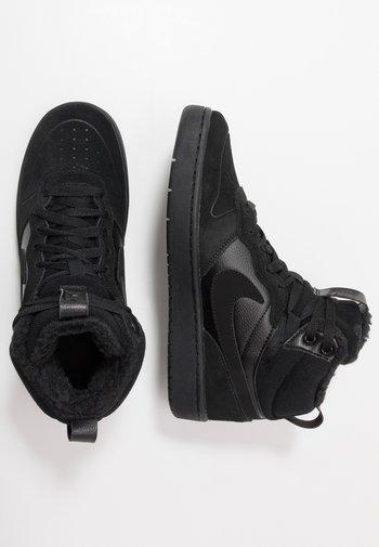 COURT BOROUGH MID 2 BOOT WINTERIZED - Zapatillas altas - black/white