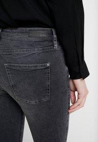 edc by Esprit - Jeans Skinny Fit - black medium wash - 5