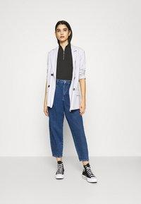 ONLY - ONLVERNA BALLOON  - Relaxed fit jeans - dark blue denim - 1