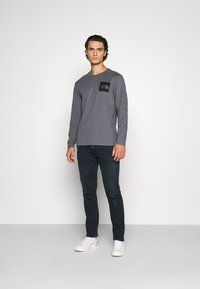 The North Face - FINE TEE  - Top s dlouhým rukávem - vanadis grey - 1