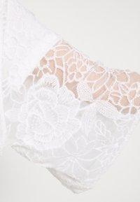 Cream - AMILLA KIMONO - Klassisk frakke - chalk - 6