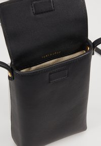 Tory Burch - MILLER PHONE CROSSBODY - Across body bag - black - 5