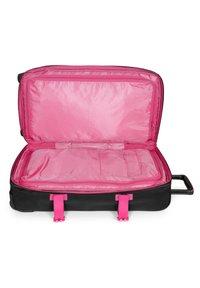 Eastpak - TRANVERZ - Wheeled suitcase - kontrast escape - 2