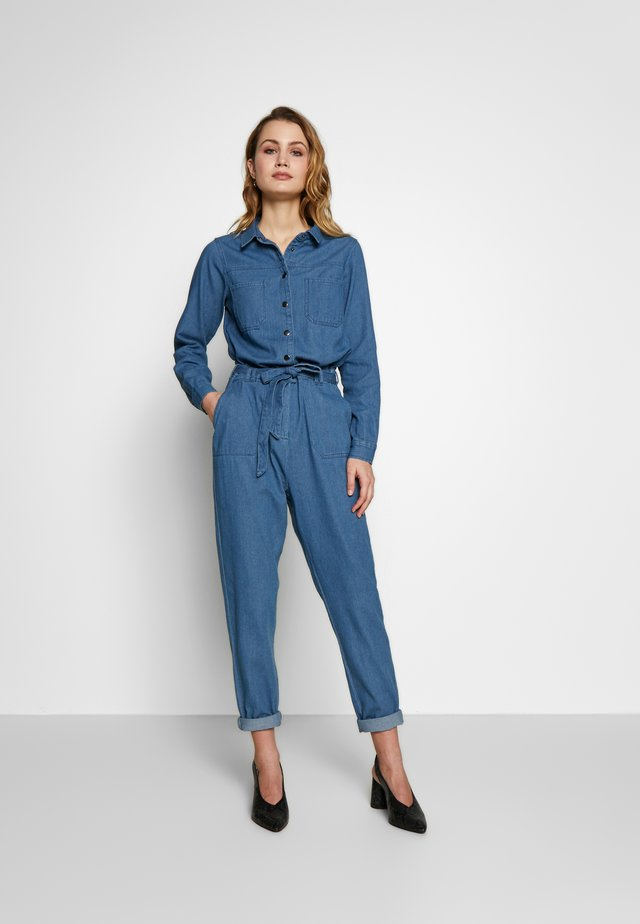 Jumpsuit - medium blue denim