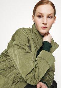 YAS - YASWENNA QUILTED  - Short coat - khaki - 6